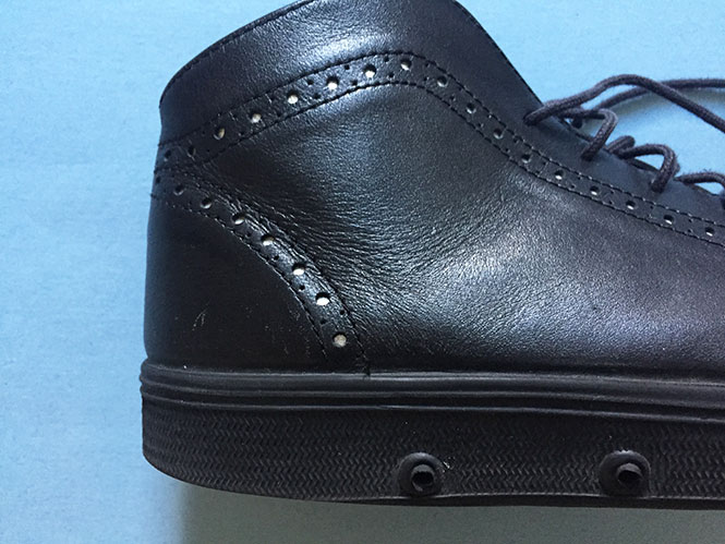 Black Spring Court MId-Top Leather Sneakers