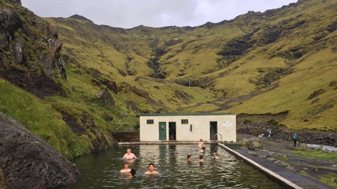 How I Saved 50% Off a Week-Long Iceland Trip Without Camping