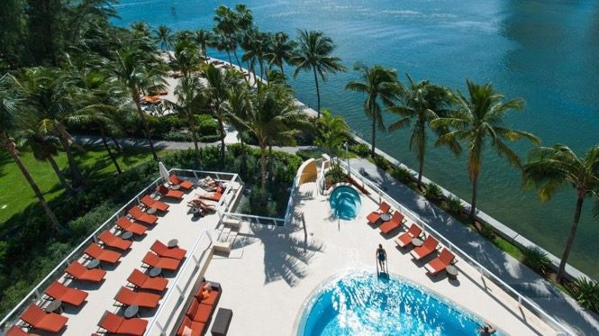 My Weekend Money Diary #9: A Frugal-Luxe Anniversary Trip to Miami